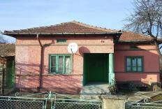 Charming cottage for sale in Bulgaria in good condition