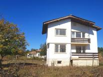 Spacious villa for sale near Varna and the coast