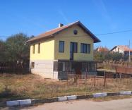 Detached modern villa, with land, on offer with huge discount