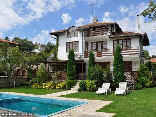 Holiday villa near Balchik town!